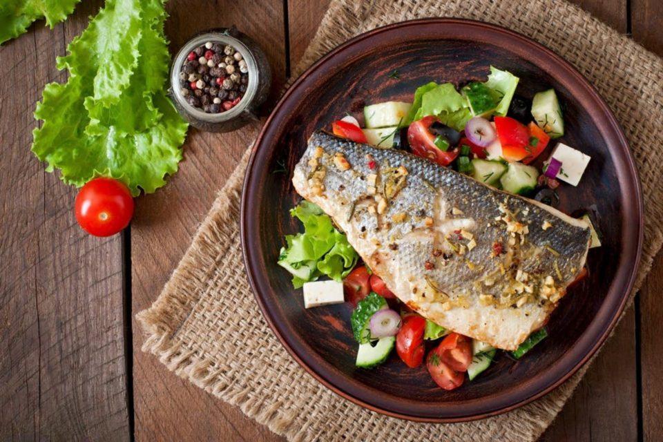 Por que comer pescado reduce el riesgo de sufrir enfermedades cardiovasculares